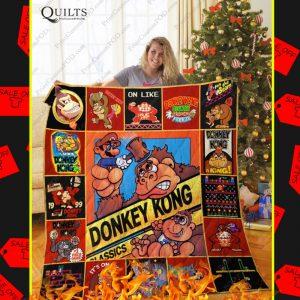 Donkey Kong Christmas Quilt