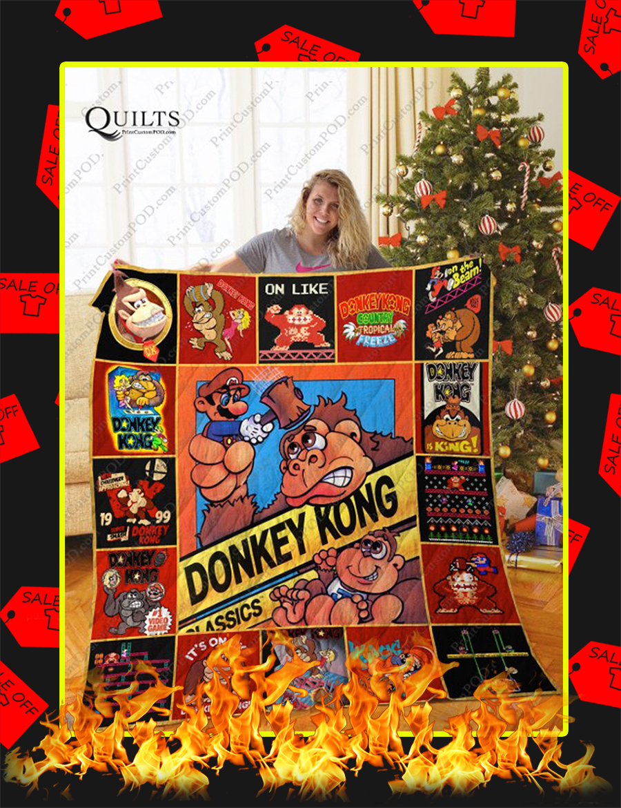 Donkey Kong Christmas Quilt - Queen