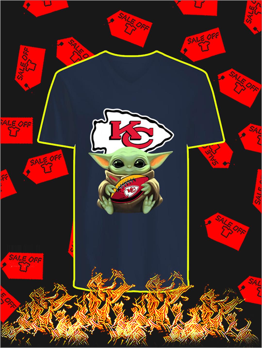 Kansas City Chiefs Baby Yoda v-neck