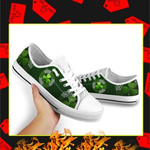 Irish Shamrock Celtic Circle Vector Low Top