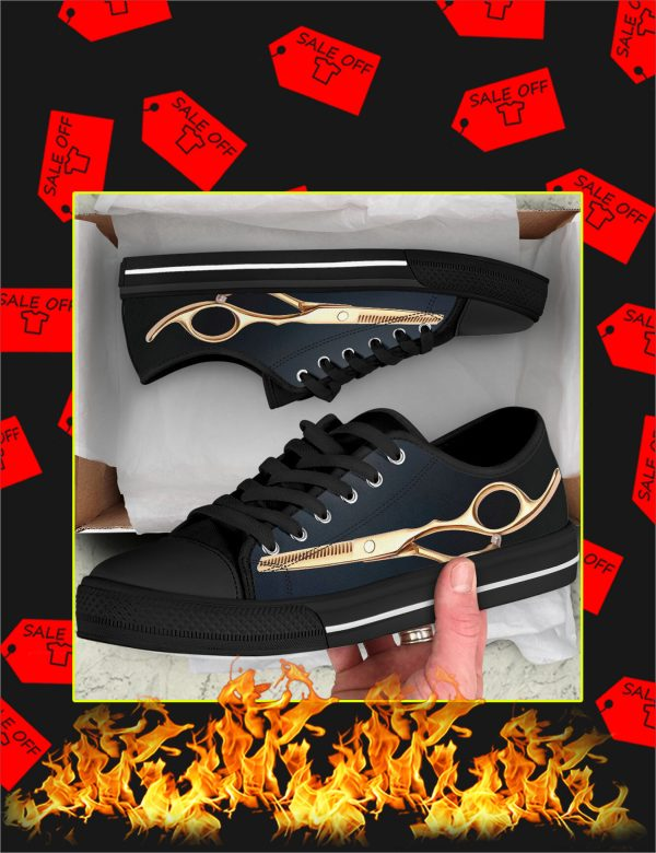Hair stylist low top shoes